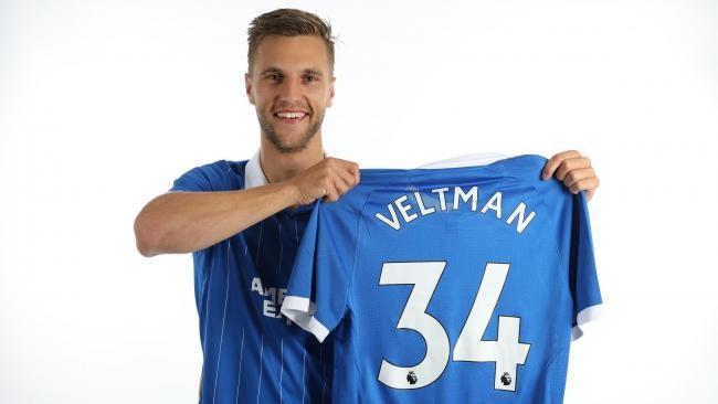 官方:布莱顿签下维尔特曼球